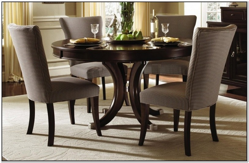 Round Farmhouse Table And Chairs For Sale