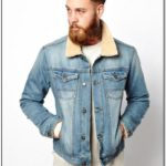 Blue Jean Jacket With Fur Collar
